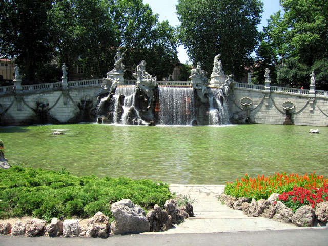 fontana Valentino Torino